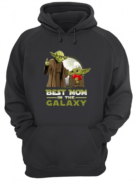 Master Yoda and baby Yoda best mom in the Galaxy Hoodie