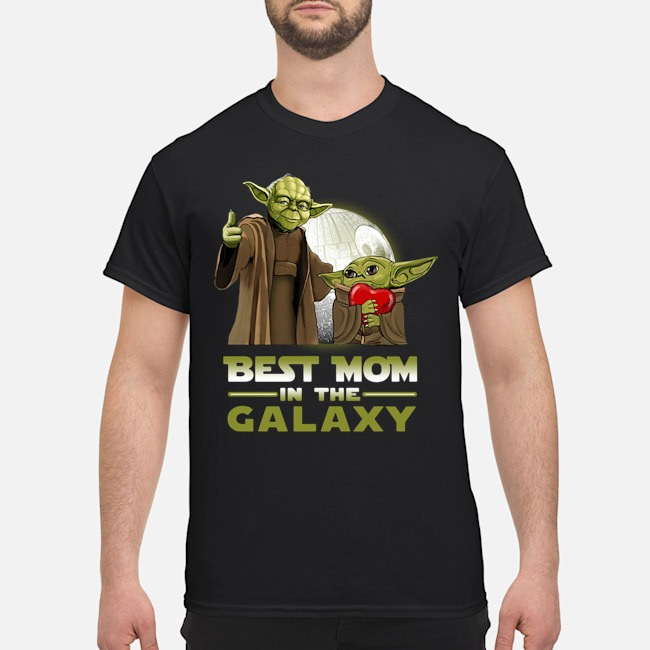 Master Yoda and baby Yoda best mom in the Galaxy shirt