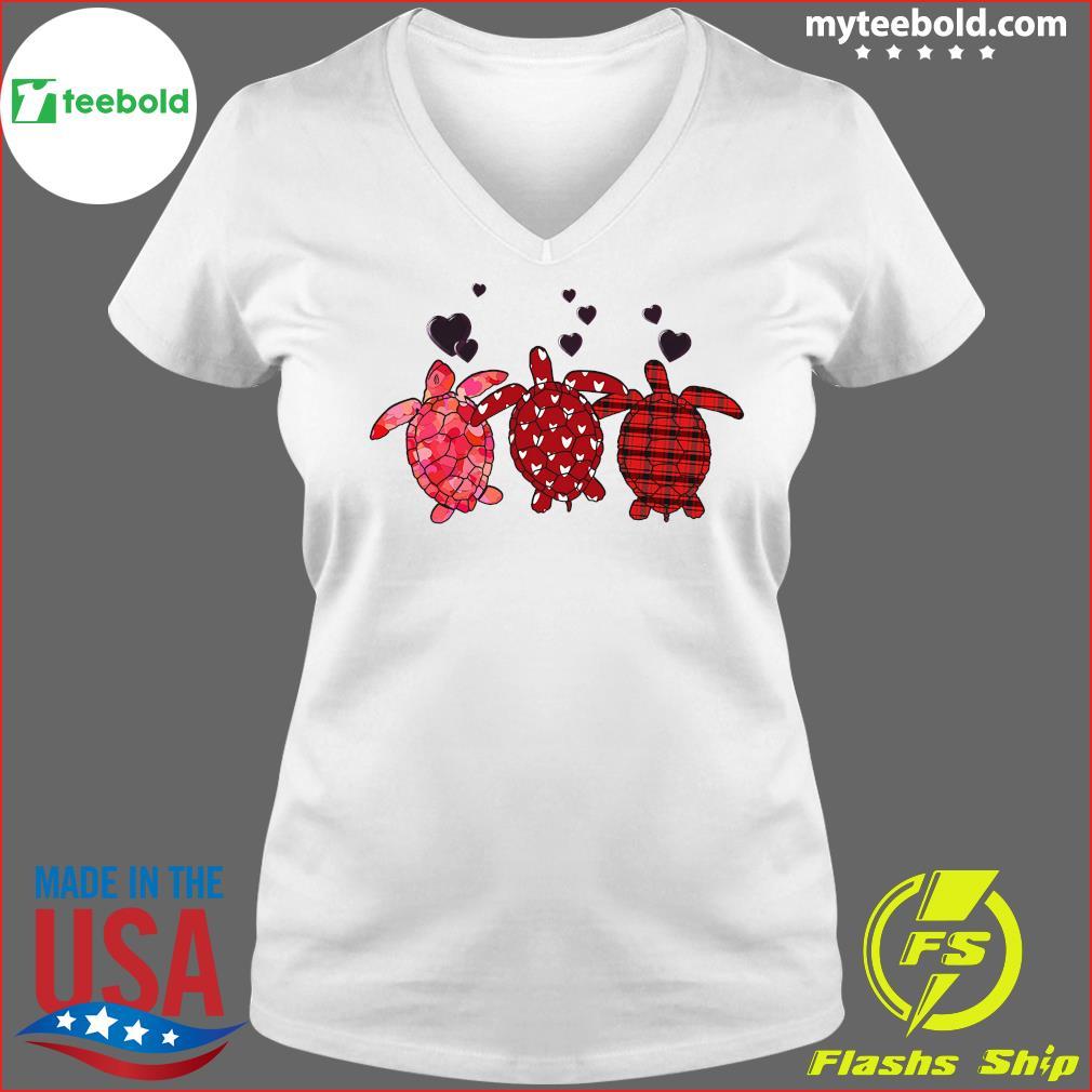 Three Turtle Happy Valentine 2021 Shirt Ladies V-neck