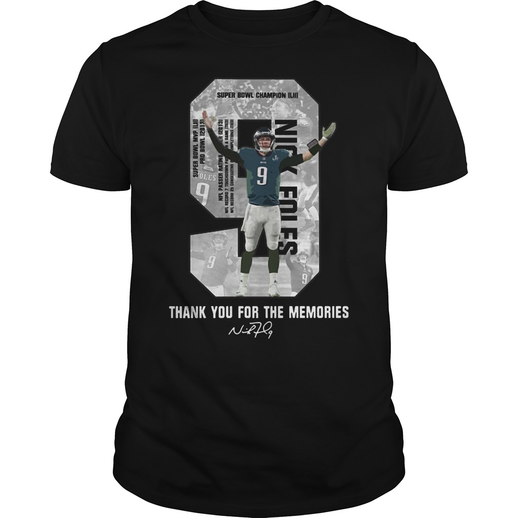 Nick Foles Eagles thank you for the memories signature Guys t-shirt