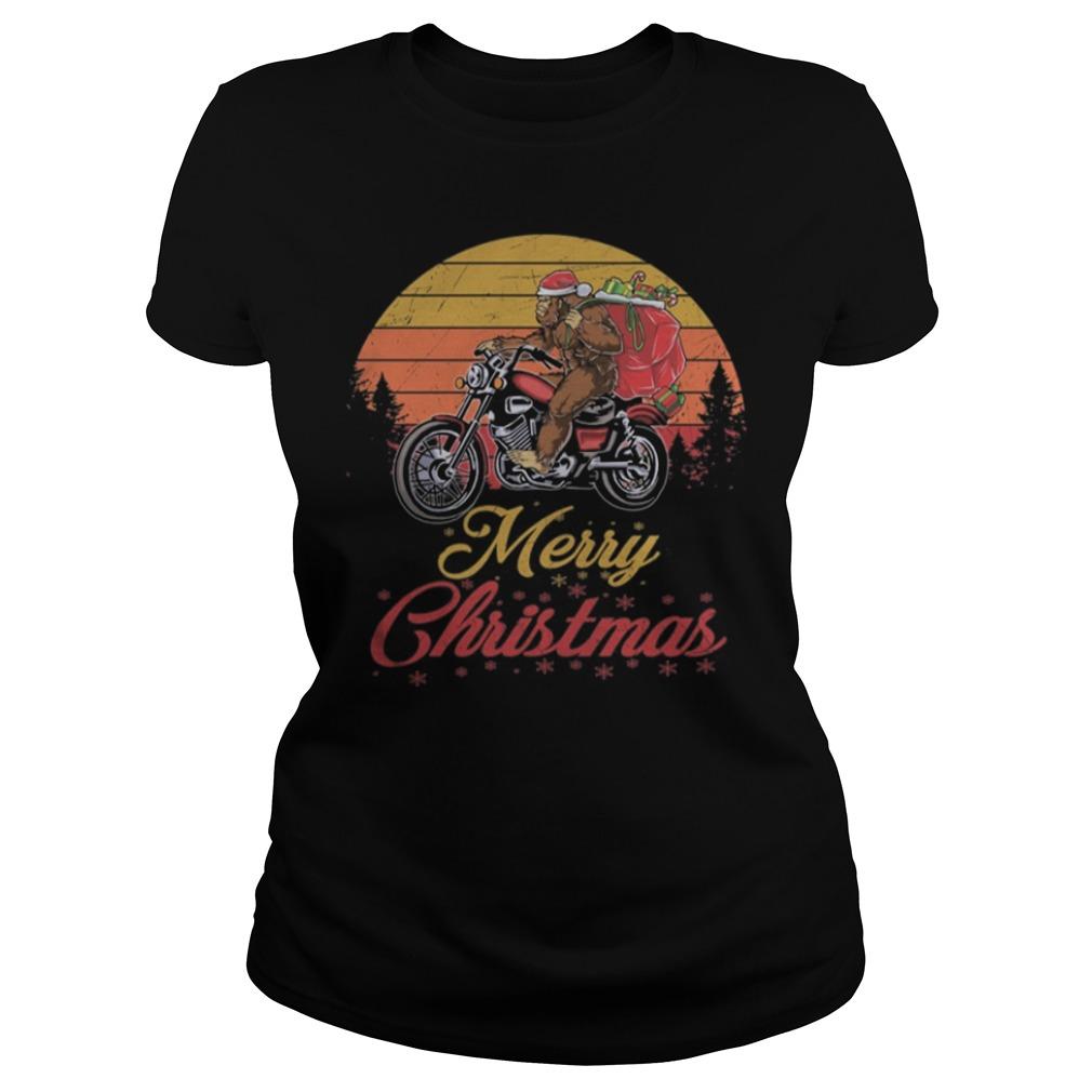 Bigfoot Santa riding motorcycle Delivers Christmas gifts shirt