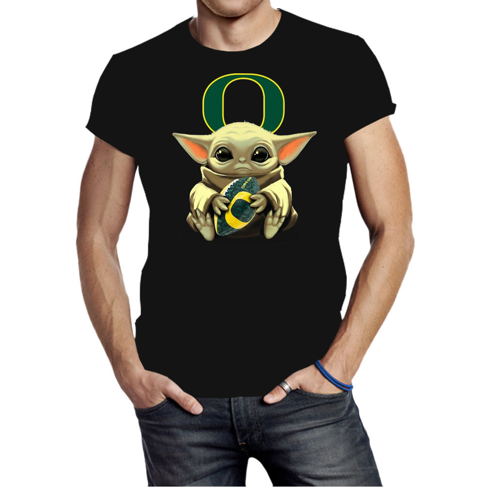 Baby Yoda hug Oregon Ducks shirt